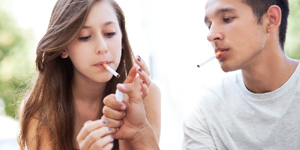 Sigarette adolescenti