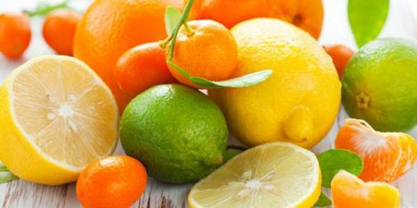 agrumi flavonoidi vitamina c