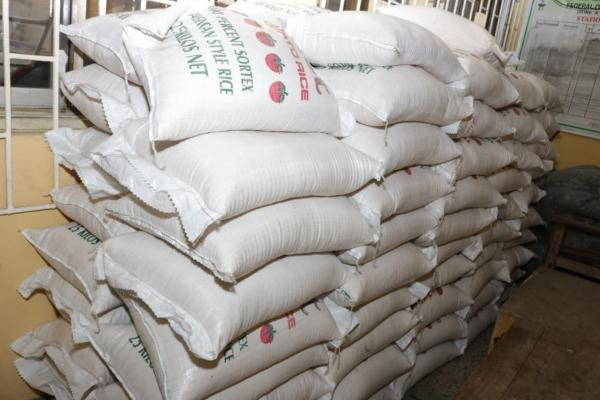 riso di plastica nigeriano