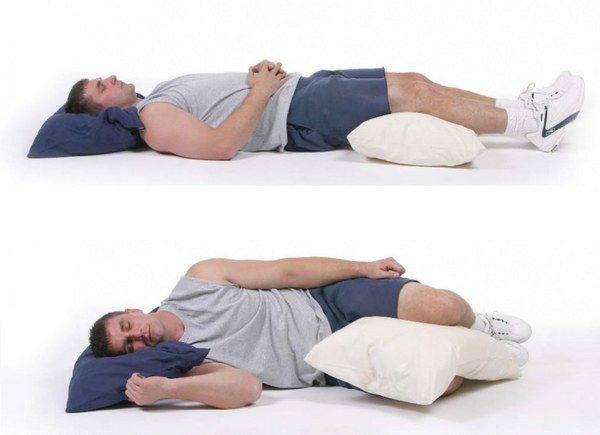 Dormire Con Cuscino Sotto Gambe.5 Posizioni Da Evitare Quando Dormi Possono Causare Dolore