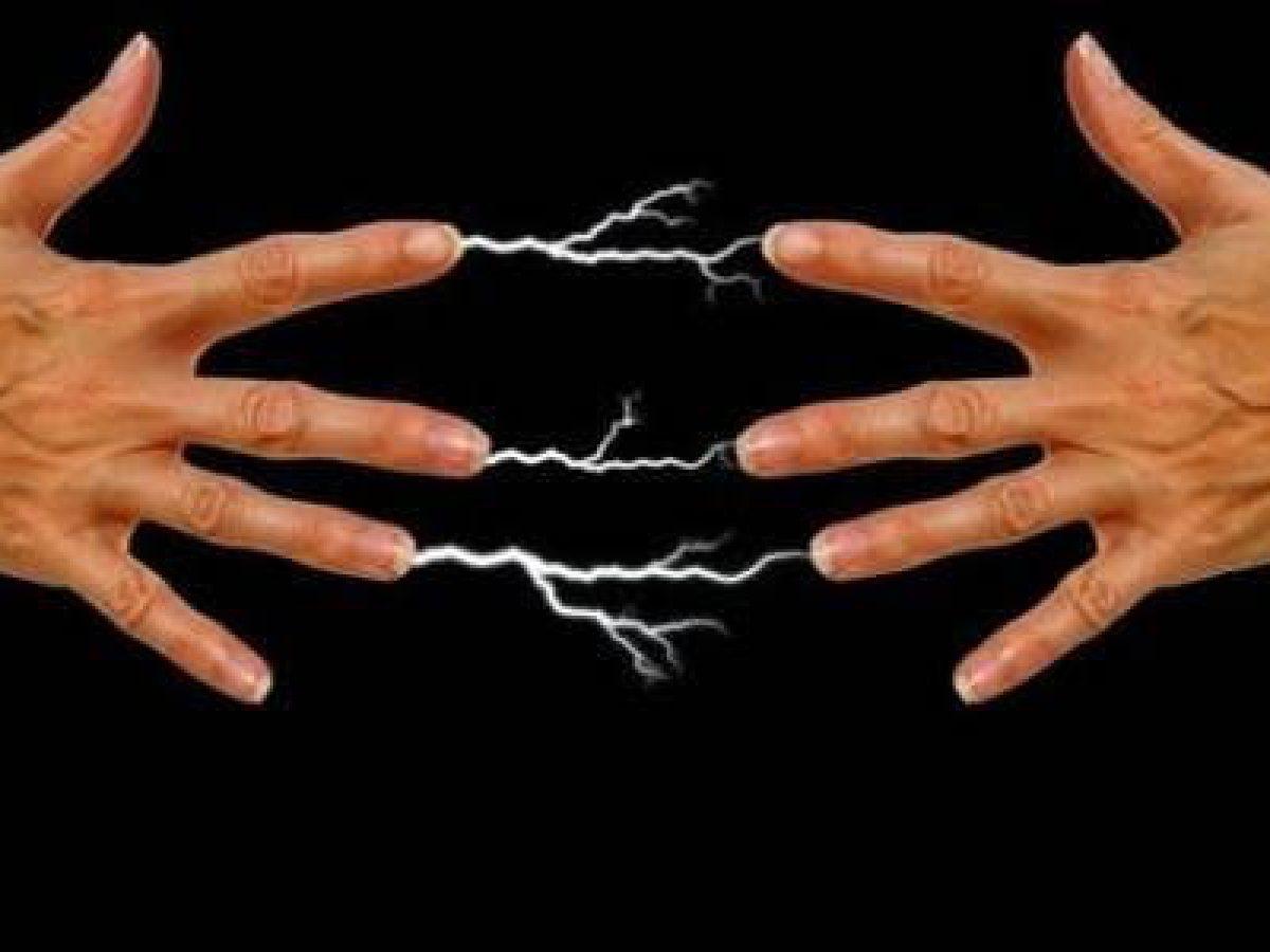 elettricità statica tessuti scossa abiti sintetici poliestere