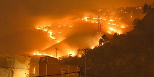 incendio_bosco_genova_