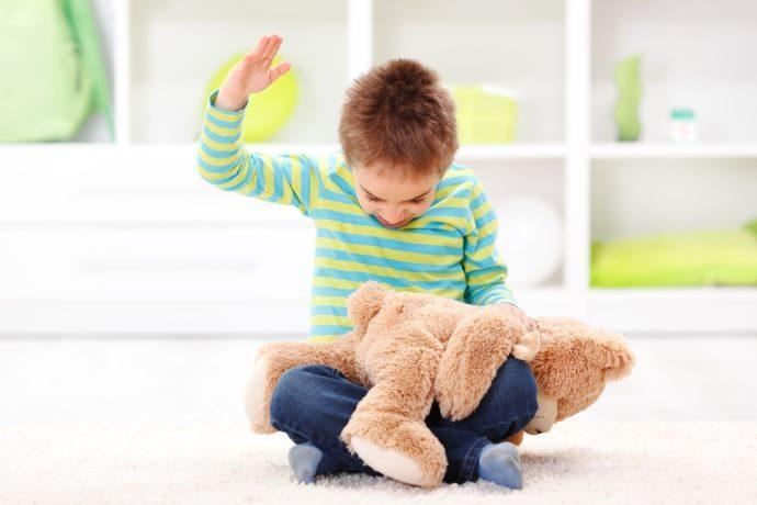 Percosse bambini reato