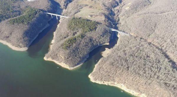 lago pertusillo2