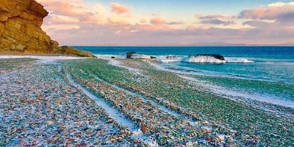 spiaggia_russa_vetro