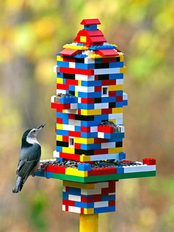 9. lego mangiatoia per uccelli