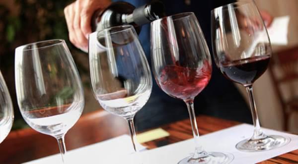 assaggiatore di vino1