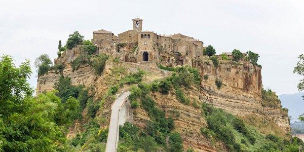 civita_di_bagnoregio