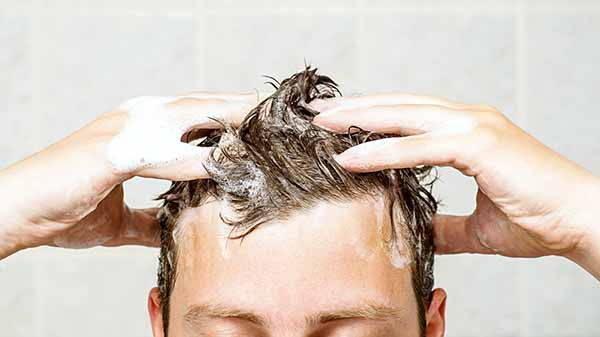 zucchero shampoo lavaggio
