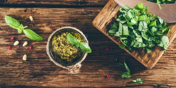 condimenti pasta piante aromatiche