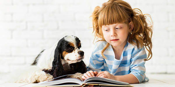 leggere-bambini-cani