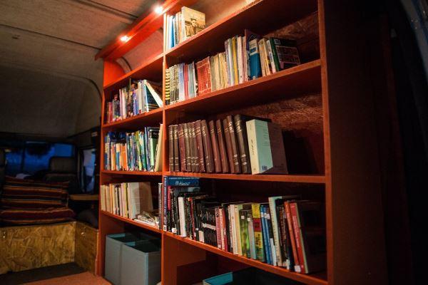 minivan library2