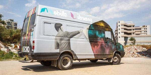 minivan library