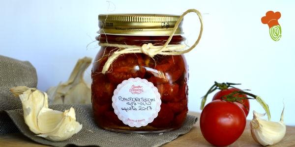 pomodori secchi sott'olio cover