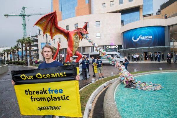greenpeace plastica 5