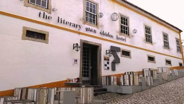 hotel biblioteca1