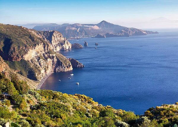 isole eolie lonely planet