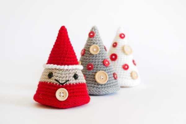 Albero di Natale con vaso schema gratis amigrumi uncinetto crochet | 400x600