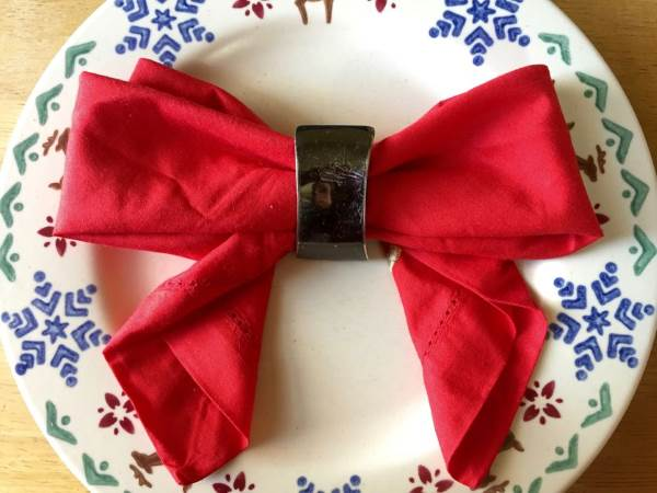 Tovaglioli A Forma Di Stella Di Natale.10 Straordinarie Ma Facili Idee Per Piegare I Tovaglioli A Natale