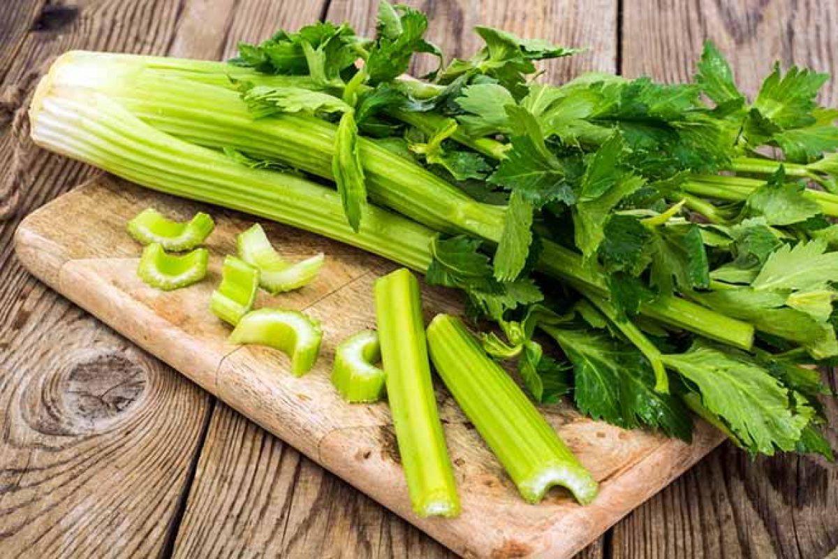 Sedano: proprietà, calorie, usi e ricette - greenMe
