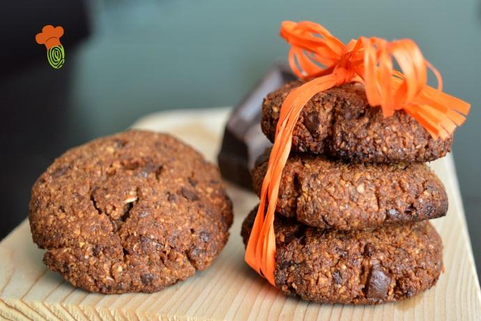 cookies vegan con farina di nocciola e cioccolato fondente cover