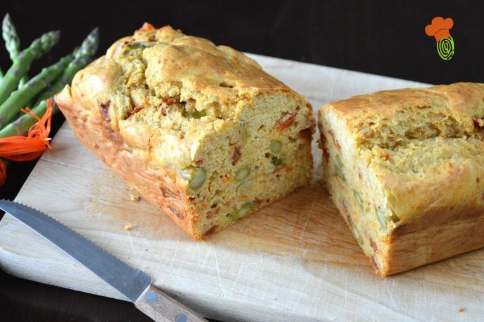 plumcake salato con asparagi e pomodori secchi cover