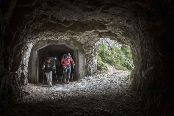 sentiero della pace 52 gallerie monte zugna sentiero della pace trentino d. lira