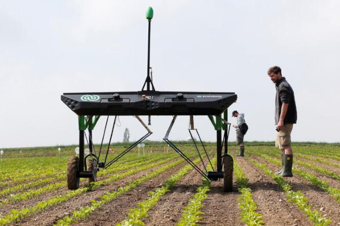 erbicida robot a energia solare