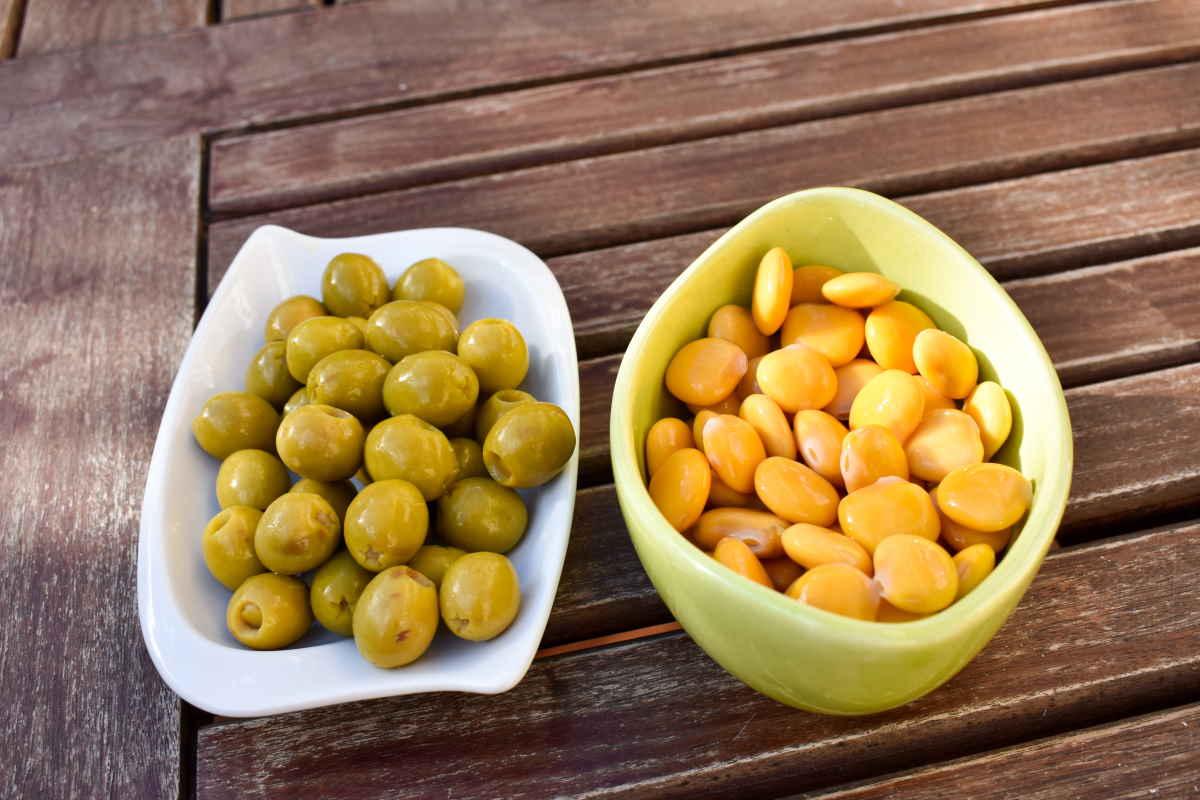 10 Buoni Motivi Per Mangiare Una Manciata Di Olive O Lupini Ogni Giorno Greenme