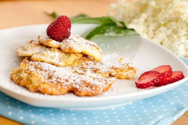 pancake fiori sambuco