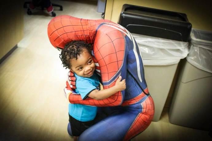 spiderman-bambini-malati