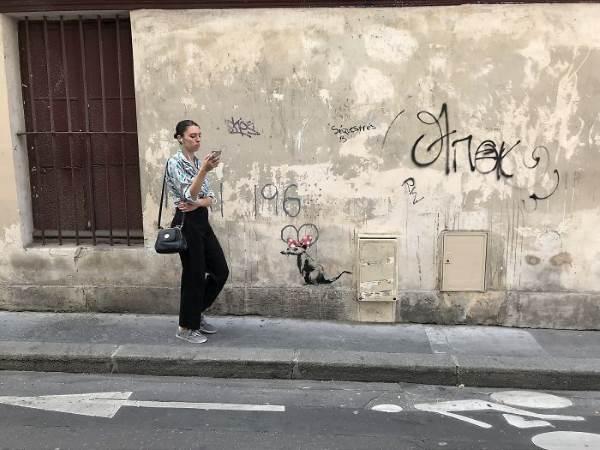 street art banksy parigi4 1