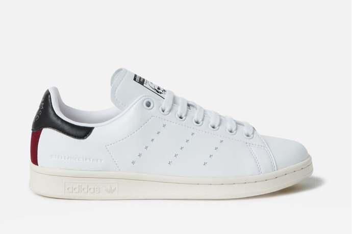 finest selection ef2b3 9f687 Sneakers: Stella McCartney e Adidas lanciano le prime Stan ...