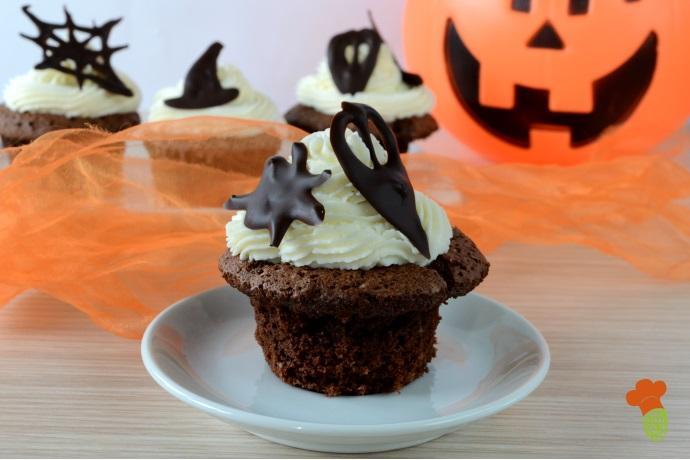 cupcake halloween cover