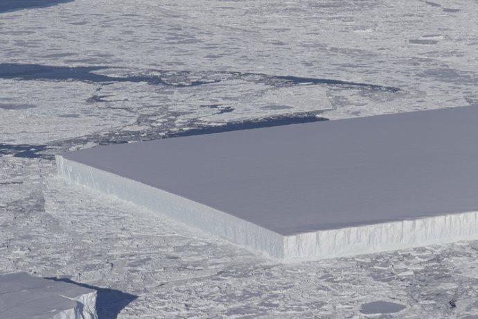 iceberg rettangolare