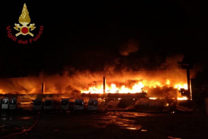 incendi rifiuti Milano