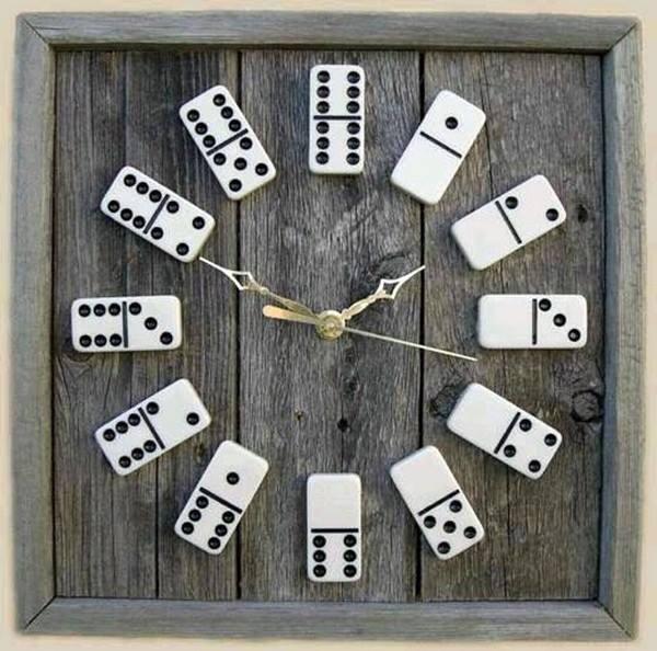 orologio riciclo domino