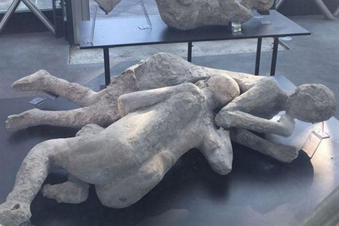 pompei ercolano esplosione cranio