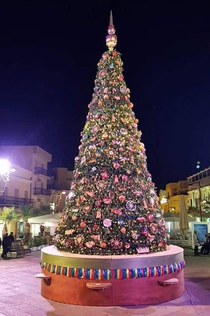 albero natale addobbi sicilia