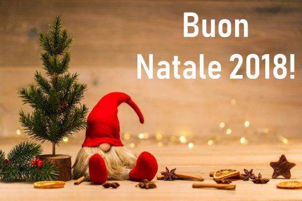Sms Per Auguri Di Natale.Buon Natale Le Migliori Frasi Di Auguri Immagini E Gif Per