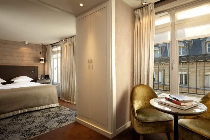 hotel-libri-parigi