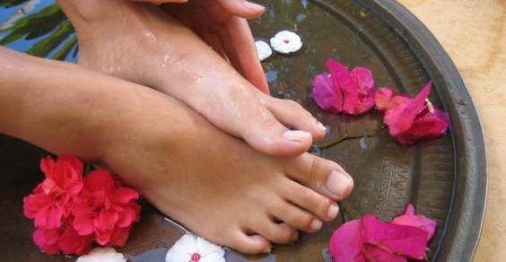 piedi talloni