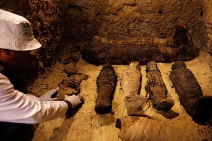 50 mummie egitto 2000 anni