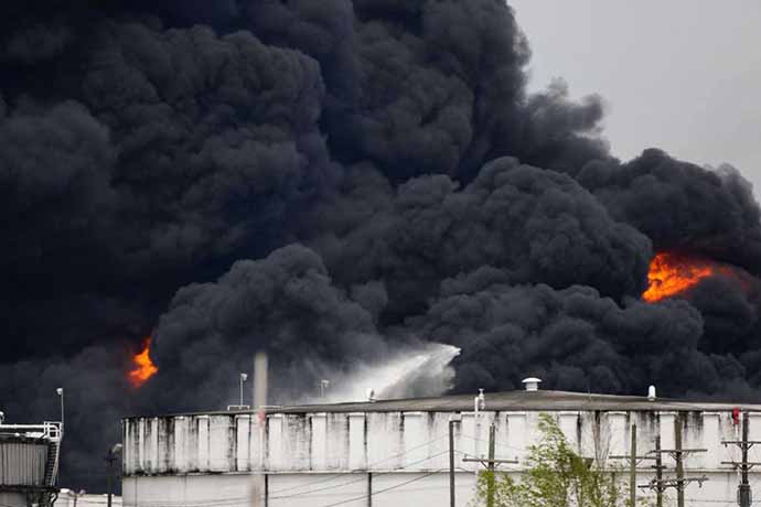 incendio-petrolchimico