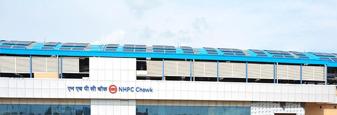 pannelli solari metro dehli