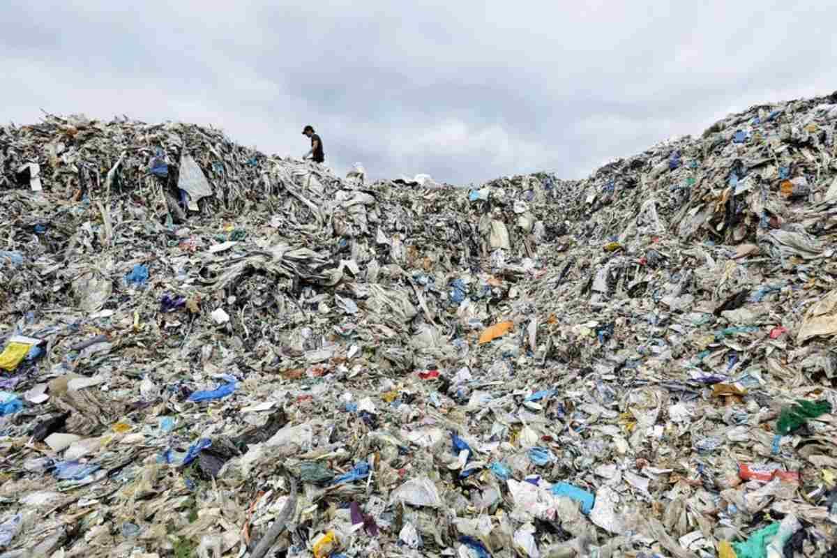 rapporto greenpeace export rifiuti