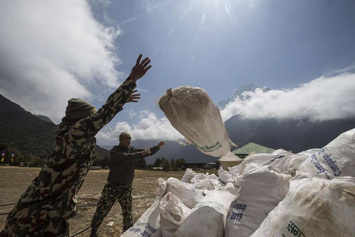 rifiuti Everest