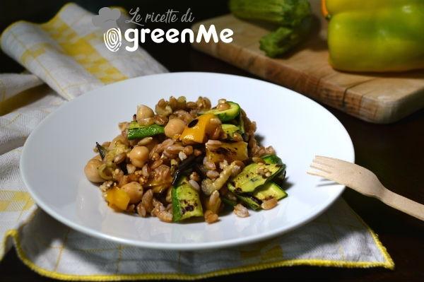 insalata farro ceci e verdure 1