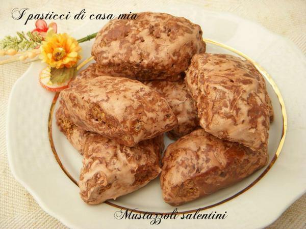Mostaccioli: la ricetta originale e 10 varianti - GreenMe.it