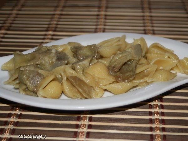 pasta carciofi vegetariana